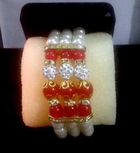 Golden Pearls Bracelet For Women and Girls Multi-Layer Bracelet
